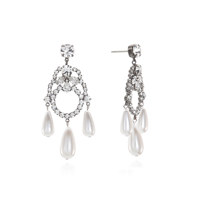Dramatic Holiday Pearl Earring