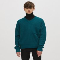 MEN`S OVERSIZE V-NECK SWEATER_M